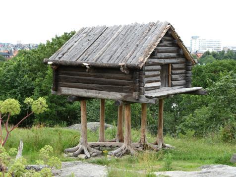 A Saami bear cache. (source)